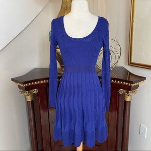 M Missoni knit long sleeve dress size 42 US 6 blue